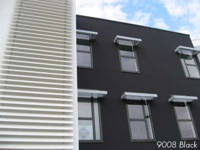 building painted with KEIM black mineral paint